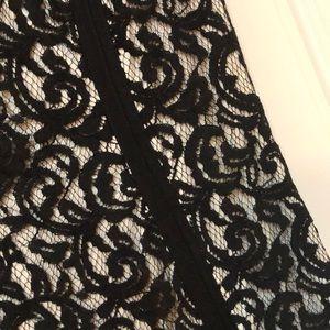 Tadashi Shoji Dresses - Tadashi Shoji Black & White lace dress